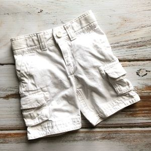 First Wave White Cargo Shorts 3t